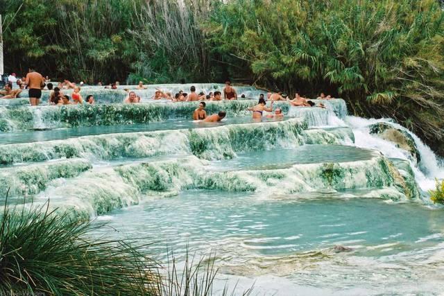 Terme in italia vacanze alle terme su stabilimenti e - Alberghi saturnia con piscina termale ...